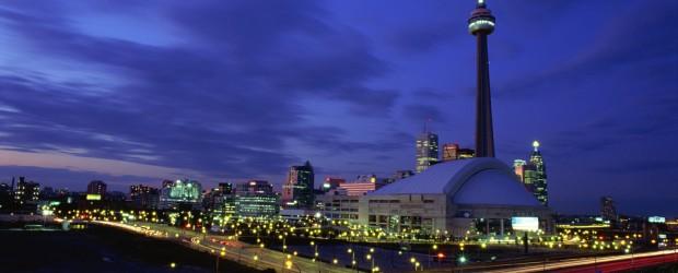 The Toronto skyline at night