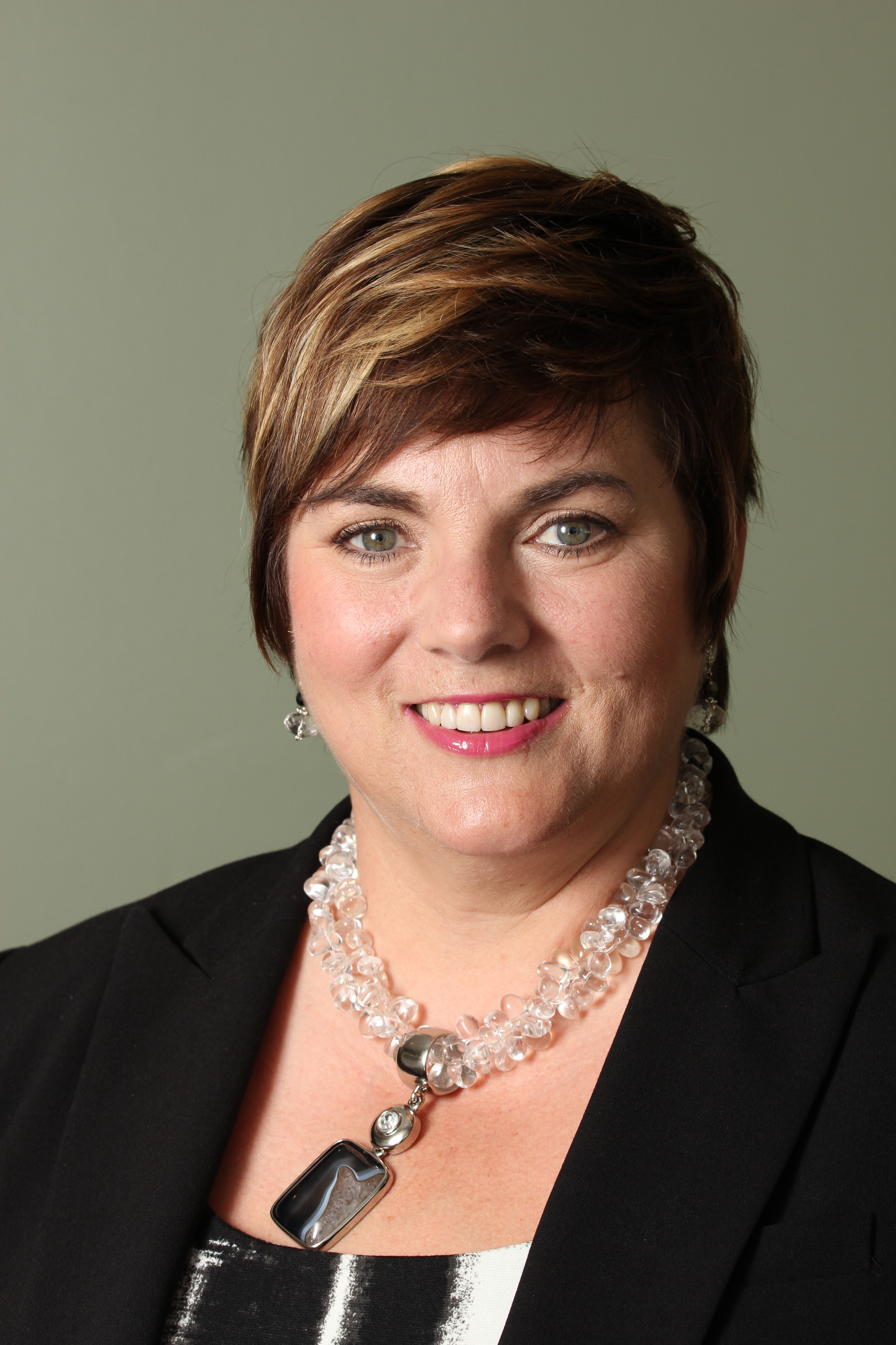 Darlene Kelly COO, TeraMach Technologies