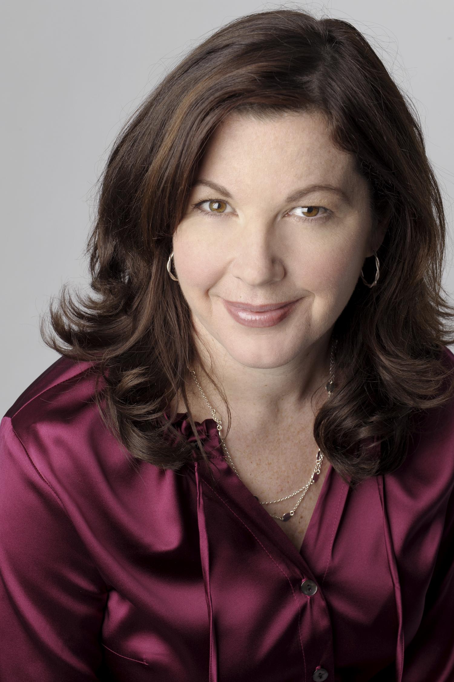 Lynn Hargrove Director of marketing &  Consumer Sales, Symantec