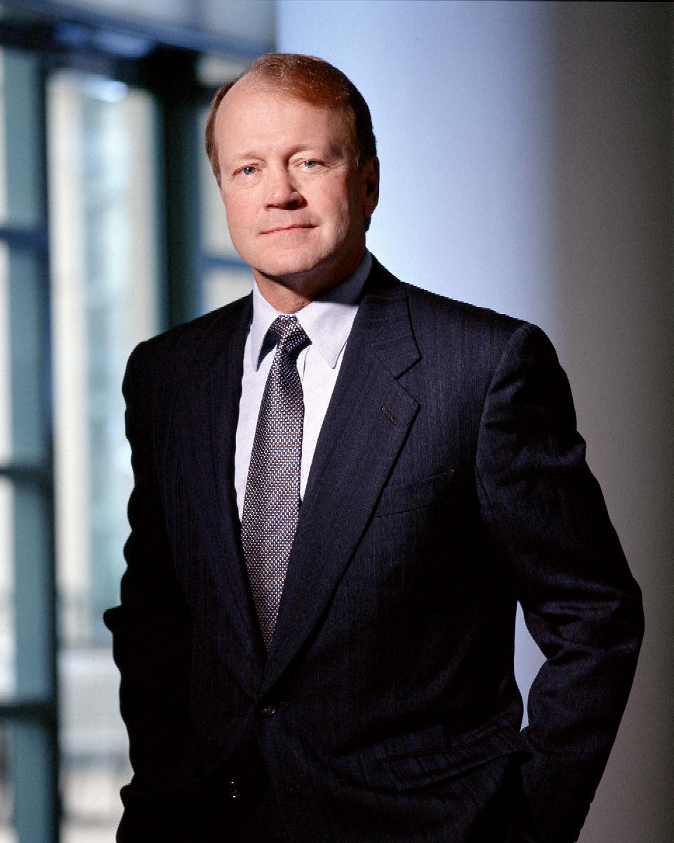 The Career Of Cisco's John Chambers: A Timeline