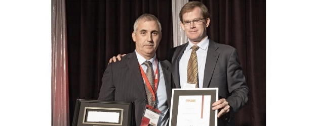 Mike Ansley (Right) at the 2013 CDN Channel Elite Awards with Compugen's Luis Lima