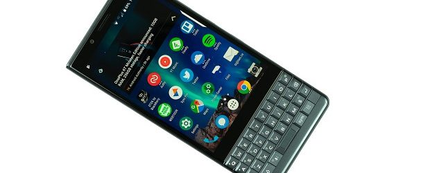 BlackBerry Key2 LE review: privacy and security for cheap